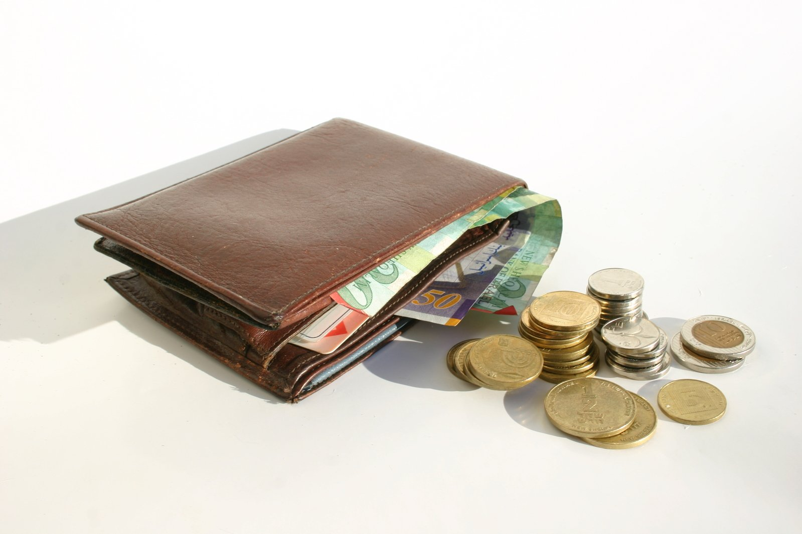 5 Ways to Make Budgeting a Lifestyle, Not a Task (So You Actually Do It)